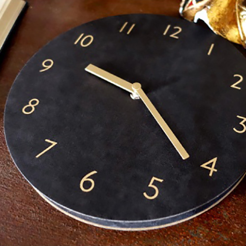 Часы 'Sandwich Clock Retro Leather' - Black