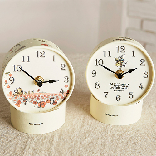 Часы 'Diy Paper Tube Table Clock'