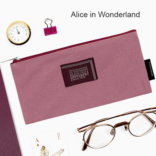 Пенал 'World Literature Lettering Pencil Case'