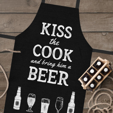 Фартук полноцветный Сolorful 'Kiss the cook and bring him a beer'